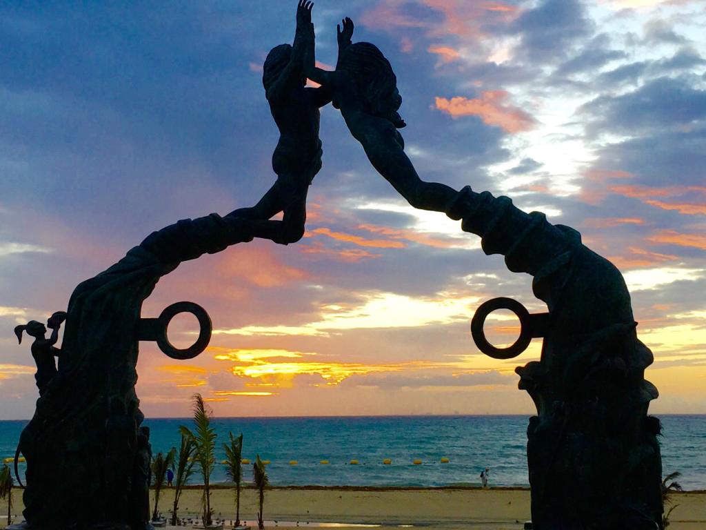 Things you can do in Playa del Carmen at nightfall.
